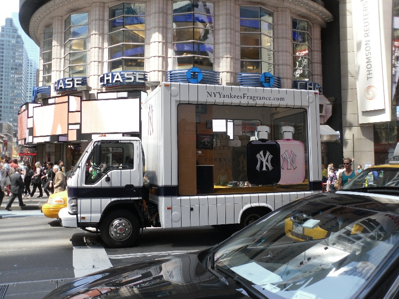 times-square-truck